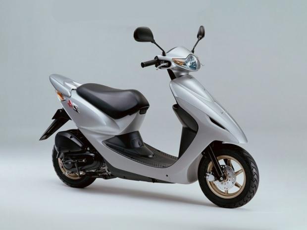 Скутер Honda DIO Z4 AF57