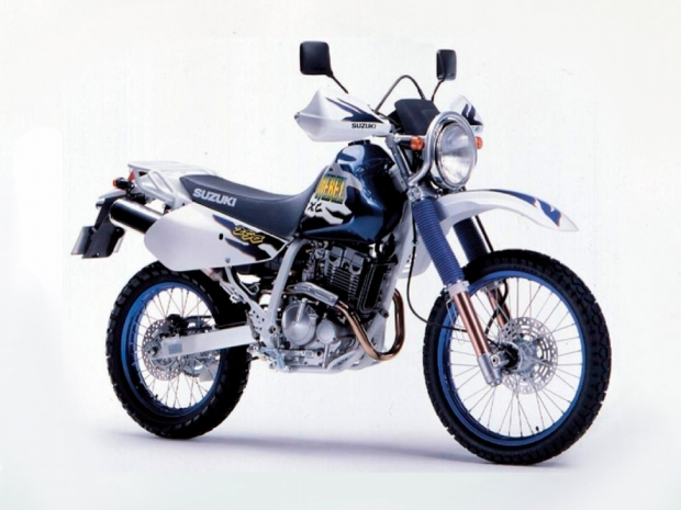 Мотоцикл Suzuki Djebel 250 XC