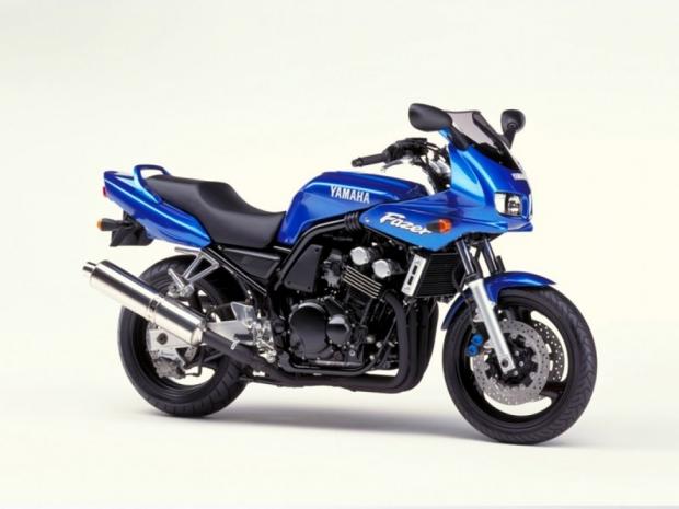 Мотоцикл Yamaha FZS 600 FAZER