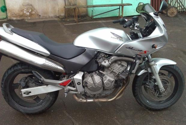 Мотоцикл Honda CB 600 HORNET-S (серебряный)