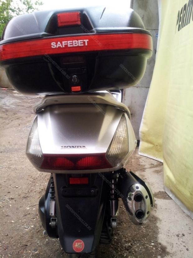 Скутер HONDA SILVERWING 600 PF01