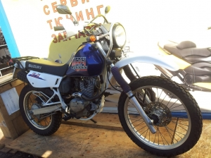 Мотоцикл Suzuki DJEBEL 200